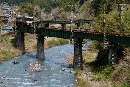 渡らずの鉄橋.jpg